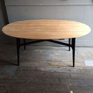 Oval Dinning Table