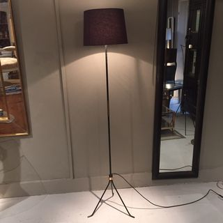 Floor Lamp Brass in Middle